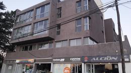 Foto Departamento en Venta | Alquiler en  Villa Carlos Paz,  Punilla  VILLA CARLOS PAZ , DEPARTAMENTO 1 Y 1/2 DORM COCH sobre calle (SAN MARTIN)