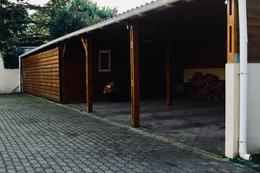 Foto Casa en Venta en  Cantegril,  Punta del Este  Moderna Casa con Estilo Minimalista Ubicada  en el Barrio Cantegril