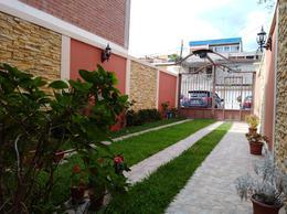Foto Casa en Venta en  Tres Caminos,  Tegucigalpa  Casa de 3hab/3.5baños  en Tres Caminos