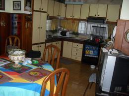 Foto Casa en Venta en  Monte Grande,  Esteban Echeverria  Laprida 77 Monte Grande
