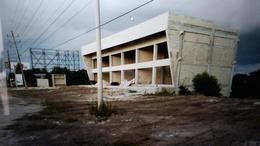 Foto Edificio Comercial en Renta en  Alfredo V Bonfil,  Cancún  BODEGAS EN RENTA EN CANCUN EN AV. COLOSIO