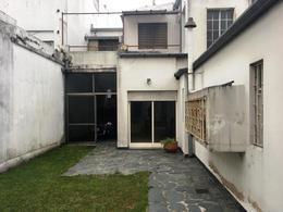 Foto thumbnail Casa en Venta en  La Plata ,  G.B.A. Zona Sur  115 entre 64 y 65