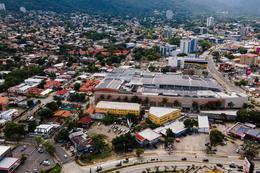 Foto Terreno en Venta en  Altiplano,  San Pedro Sula  Boulevard del Sur, monumento a la madre, frente a Hotel Intercontinental, San Pedro Sula