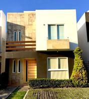 Foto Casa en condominio en Venta en  San Miguel Totocuitlapilco,  Metepec  Casa en venta Foresta Metepec