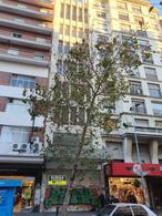Foto Edificio Comercial en Alquiler en  Centro (Montevideo),  Montevideo   18 DE JULIO ESQ PARAGUAY