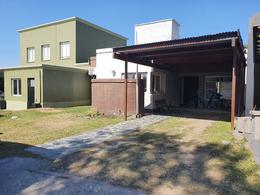 Foto Casa en Venta en  Yerba Buena ,  Tucumán  Country Lomas Tennis