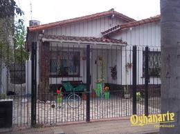 Foto Casa en Venta en  Ituzaingó ,  G.B.A. Zona Oeste  BOULOGNE SUR MER entre FLORES, VENANCIO, GRAL. y ARTIGAS, JOSE G. DE, GRAL.