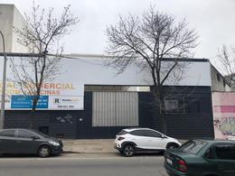 Foto Local en Alquiler | Venta en  Tres Cruces ,  Montevideo  Ferrer Serra