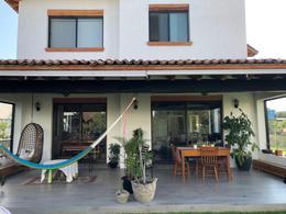 Foto Casa en Venta | Renta en  Fraccionamiento El Campanario,  Querétaro  Casa en Renta y Venta El Campanario Querétaro