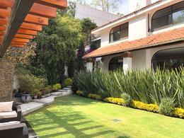 Foto Casa en Venta en  La Herradura,  Huixquilucan  Casa en Venta en La Herradura en Calle Cerrada y Jardín, La Herradura, Huixquilucan