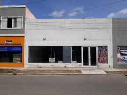 Foto Local en Alquiler en  Mar De Ajo ,  Costa Atlantica  Tucuman y Corrientes