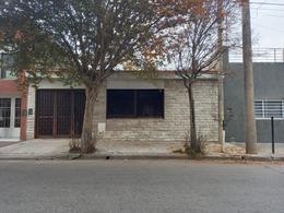 Foto Casa en Venta en  General Bustos,  Cordoba Capital  GALEOTTI 568