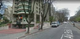 Foto Local en Venta en  Pocitos ,  Montevideo  Rentado en $ 75000