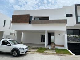 Foto Casa en Venta en  Punta Tiburón,  Alvarado  PUNTA TIBURON, Casa en VENTA con jardín, área de TV y cuarto de servicio