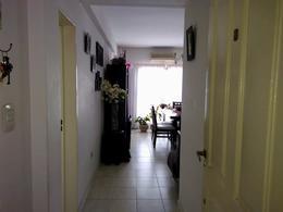 Foto Departamento en Venta en  Banfield,  Lomas De Zamora  Pueyrredon al 700