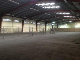 Foto Nave Industrial en Renta en  Cancún,  Benito Juárez  Bodega De 2,171 m2 + Oficinas  De 150 m2 Y Estacionamiento Ruta 5 Cancún, Q Roo
