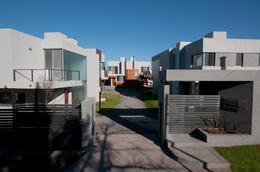 Foto Casa en Alquiler en  Lomas Este,  Villa Allende  CASA EN ALQUILER - VILLA ALLENDE - ATAHUALPA HOUSING