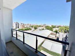 Foto Departamento en Venta en  Pichincha,  Rosario  Ov Lagos al 500 Monoambiente con Terraza Exclusiva