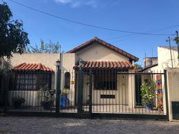 Foto Casa en Venta en  San Isidro ,  G.B.A. Zona Norte  Oportunidad en venta en bajo de San Isidro