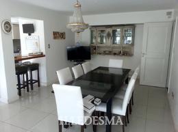 Foto Casa en Venta en  Playa Grande,  Mar Del Plata  RIVAS Y QUINTANA