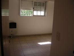 Foto Departamento en Alquiler en  Esc.-Centro,  Belen De Escobar  Avda San Martin 47  1° E