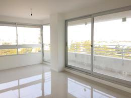 Foto Departamento en Venta en  Parque Batlle ,  Montevideo  Garaje incluido, tres dormitorios