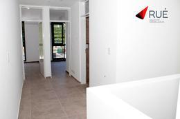 Foto Casa en Venta en  La Calandria,  Cordoba Capital  Dúplex en Venta de 3 Dormitorios en La Calandria CON PILETA