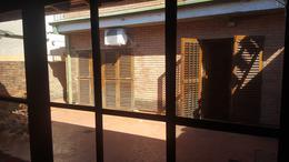 Foto Casa en Venta en  Adrogue,  Almirante Brown  AMENEDO 255