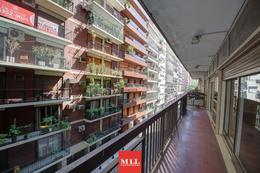 Foto Departamento en Venta en  Barrio Norte ,  Capital Federal  Suipacha y Arenales, 3 Piso