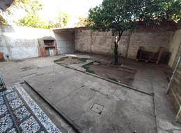 Foto Casa en Alquiler en  Tiro Suizo,  Rosario  Hilarion de la quinta al 1700