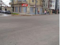 Foto Local en Venta en  Lomas De Zamora ,  G.B.A. Zona Sur  AV. Alsina al 1300