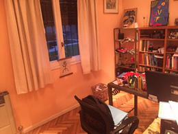 Foto Casa en Venta en  Adrogue,  Almirante Brown  DEMARÍA nº 534, entre Mitre y Canale