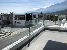 Foto Casa en Venta en  Vistancias 1er Sector,  Monterrey  CASA EN VENTA BOSQUES DE VISTANCIAS ZONA CARRETERA NACIONAL MONTERREY