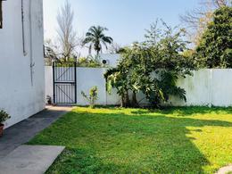 Foto Casa en Venta en  Ensenada ,  G.B.A. Zona Sur  Bossinga N° 185