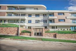 Foto Departamento en Venta | Alquiler en  Punta Gorda ,  Montevideo  Apartamento de 3 dormitorios, servicio completo, 3 garajes