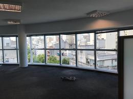 Foto Oficina en Alquiler en  Centro (Montevideo),  Montevideo  Yaguarón esq. Colonia