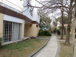 Foto Casa en Venta en  Quinta Santa Ana,  Cordoba Capital  Barrio Quinta Santa Ana - Casa 3 dormitorios - 3 baños