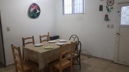 Foto PH en Venta en  Banfield Oeste,  Banfield  San Martín al 1800