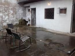 Foto Local en Venta en  San Miguel De Tucumán,  Capital  Galpón: Manuel Alberti al 200