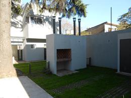 Foto Casa en Venta en  Adrogue,  Almirante Brown  LA ROSA 1053 DUPLEX Nº 2