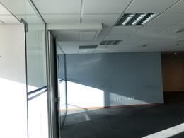 Foto Oficina en Alquiler en  Puerto Buceo ,  Montevideo  Puerto Buceo