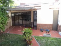Foto Casa en Venta en  Santa Genoveva ,  Capital  Miguel A. Camino 535