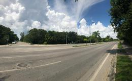 Foto Terreno en Venta en  Solidaridad ,  Quintana Roo  EN VENTA CUADRA COMPLETA FRACC. ARRECIFES PLAYA DEL CARMEN