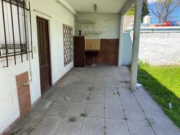 Foto Casa en Venta en  Pablo Podesta,  Tres De Febrero  Espora al 9300