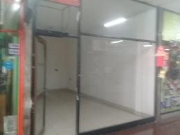Foto Local en Alquiler en  Barrio Norte ,  Capital Federal  Av. Santa Fe al al 2400