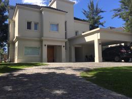 Foto thumbnail Casa en Alquiler en  Saint Thomas,  Countries/B.Cerrado  ruta 58 km 5