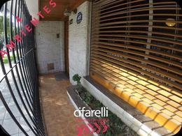 Foto Casa en Venta en  Mataderos ,  Capital Federal  Fragata Cefiro al 1800
