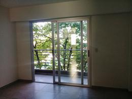 Foto Departamento en Alquiler en  Moron,  Moron  San Martin al 700