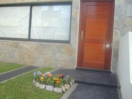 Foto Casa en Venta en  Adrogue,  Almirante Brown      ROCA 452 , entre Canale y Amenedo