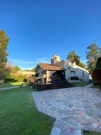 Foto Casa en Venta en  Manuel B Gonnet,  La Plata  16 entre 489 y 490